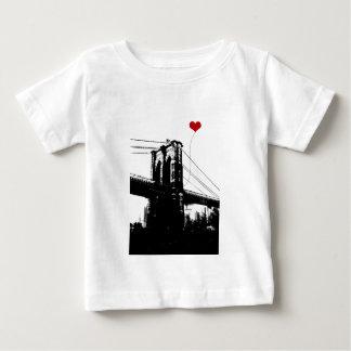 Puente de Brooklyn Playera De Bebé