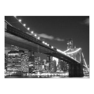 Puente de Brooklyn y horizonte de Manhattan en la Invitación 13,9 X 19,0 Cm