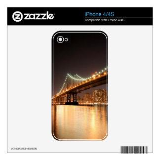 Puente de Brooklyn y horizonte de Manhattan en la  iPhone 4S Calcomanía