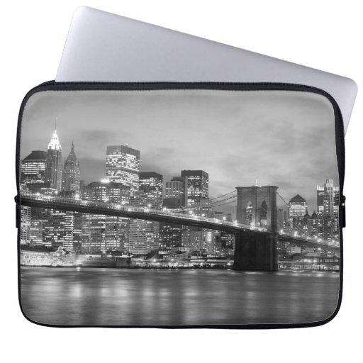 Puente de Brooklyn y horizonte de Manhattan Manga Portátil