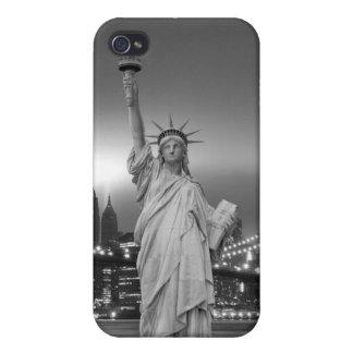 Puente de Brooklyn y la estatua de la libertad iPhone 4 Protector