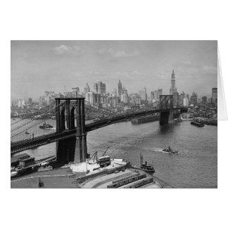 Puente de Brooklyn y Manhattan Skyline, 1920 Tarjeton