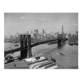Puente de Brooklyn y Manhattan Skyline, 1920 Postal