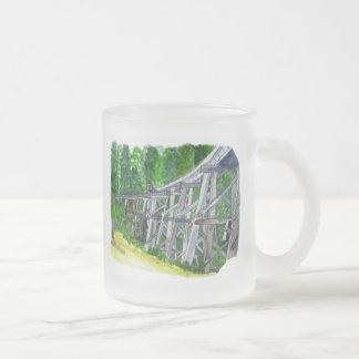 Puente de caballete tazas de café
