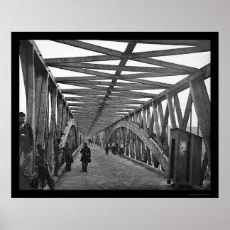 Puente de cadena sobre el río Potomac 1865 Posters