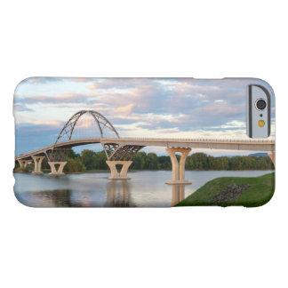 Puente de Champlain Funda Para iPhone 6 Barely There