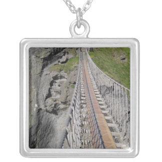 Puente de cuerda histórico de Carrick-a-rede, sept Collar Personalizado