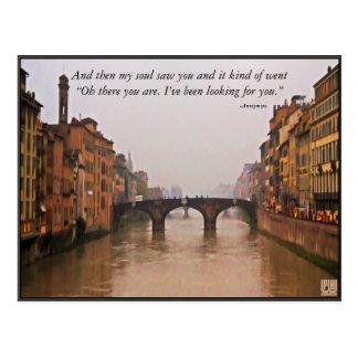 Puente de Florencia con cita del amor Tarjeta Postal