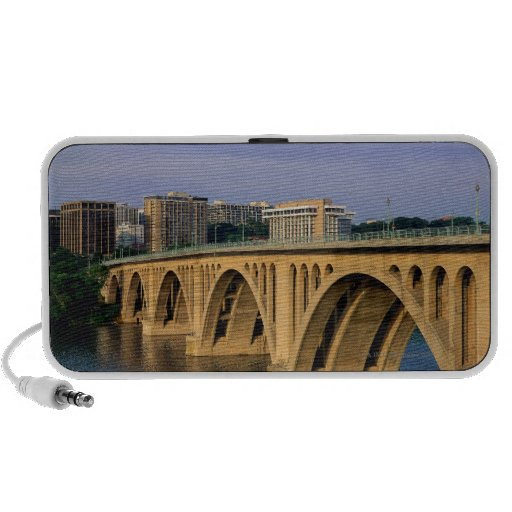 Puente de Francis Scott Key en luz del día Portátil Altavoz