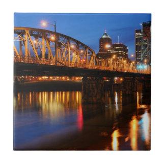 Puente de Hawthorne Azulejo Cuadrado Pequeño
