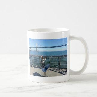 Puente de la bahía tazas de café