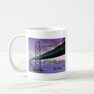 Puente de la bahía taza de café