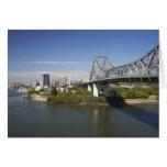 Puente de la historia, río de Brisbane, y canguro Felicitacion