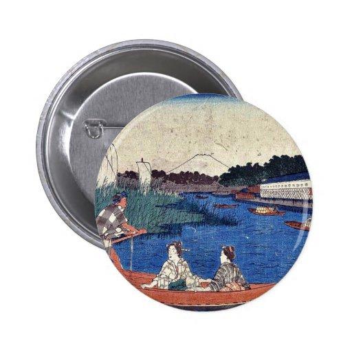 Puente de la isla en Mitsumata por Andō, Hiroshige Pin Redondo 5 Cm