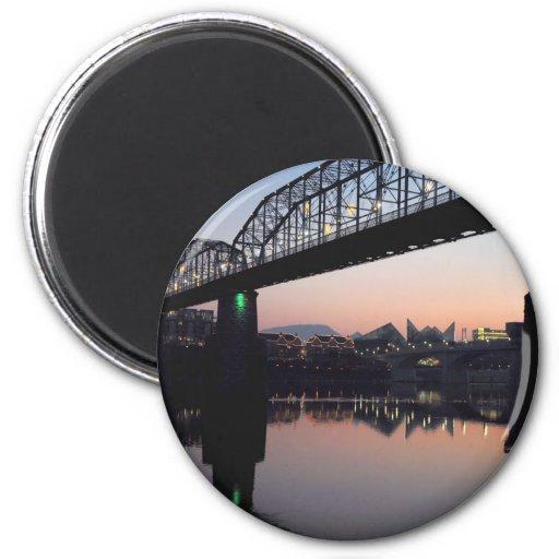 Puente de la puesta del sol imán de nevera
