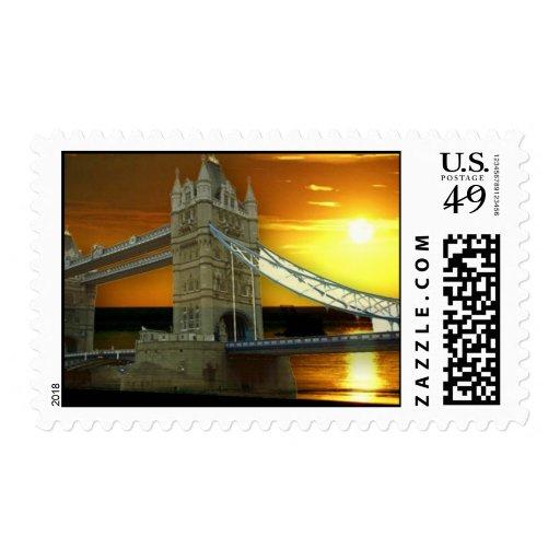 Puente de la torre de Londres en sello de la sol d