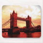 Puente de la torre de Londres Tapetes De Ratones