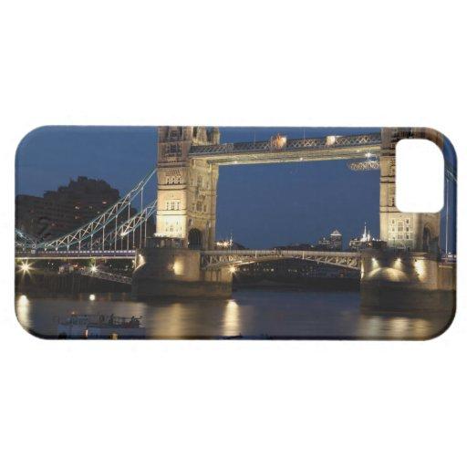 Puente de la torre en la noche iPhone 5 carcasa