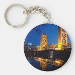 Puente de la torre - Sacramento, CA Llavero Redondo Tipo Pin