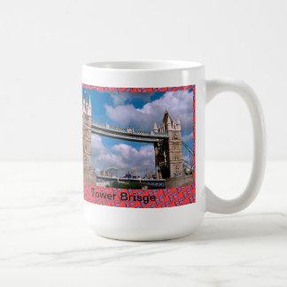 Puente de la torre taza básica blanca