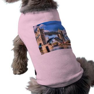 Puente de la torre y el Waverley Playera Sin Mangas Para Perro