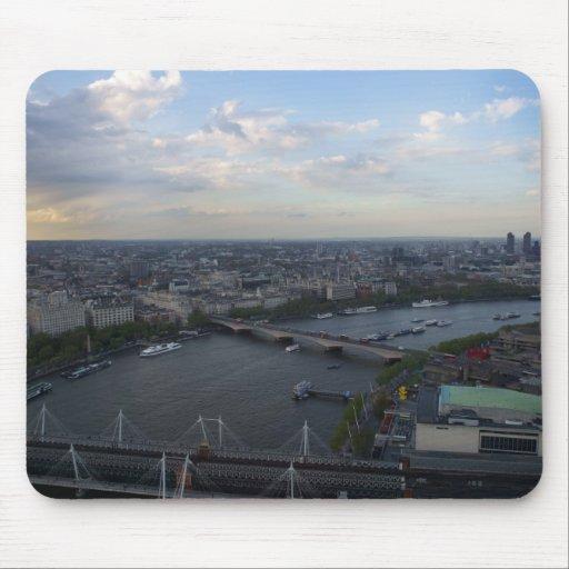 Puente de Londres del ojo de Londres Tapete De Ratones