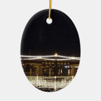 Puente de luces adorno navideño ovalado de cerámica