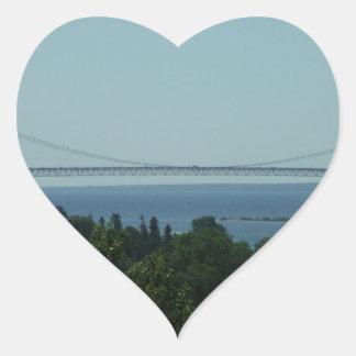 Puente de Mackinac Pegatina En Forma De Corazón