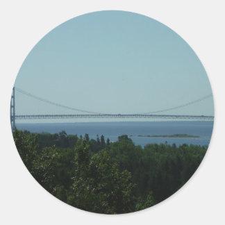 Puente de Mackinac Pegatina Redonda