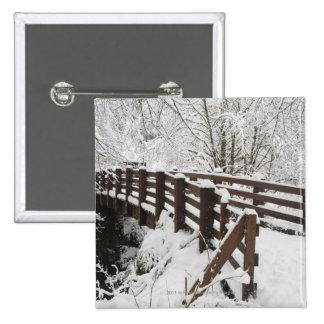 Puente de madera nevado pin cuadrado