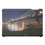 Puente de Manhattan en la noche