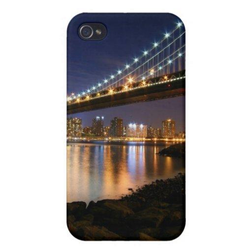 Puente de Manhattan en la noche iPhone 4/4S Fundas