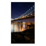 Puente de Manhattan en la noche Tarjetas De Negocios