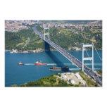 Puente de Mehmet del sultán de Fatih sobre el Bosp Cojinete