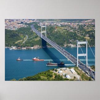 Puente de Mehmet del sultán de Fatih sobre el Bosp Posters