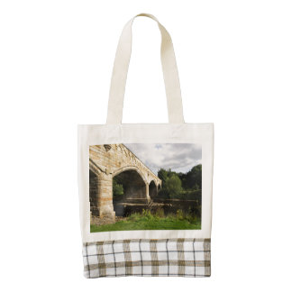 Puente de Mercury, Richmond, North Yorkshire Bolsa Tote Zazzle HEART