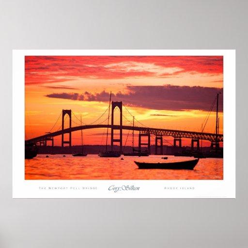 Puente de Newport en la puesta del sol Póster