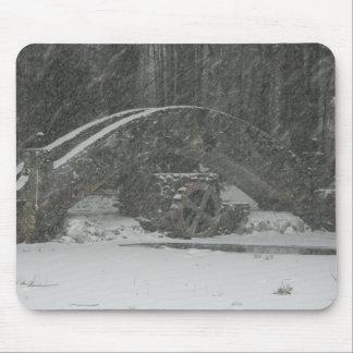 Puente de Nueva Inglaterra Nevado Alfombrillas De Ratón