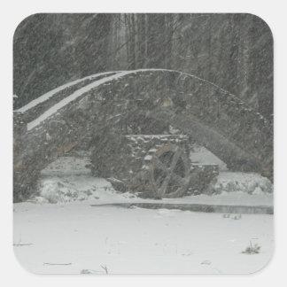 Puente de Nueva Inglaterra Nevado Pegatina Cuadrada