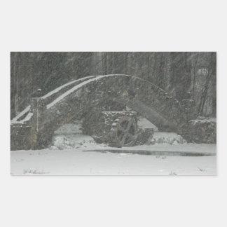 Puente de Nueva Inglaterra Nevado Pegatina Rectangular
