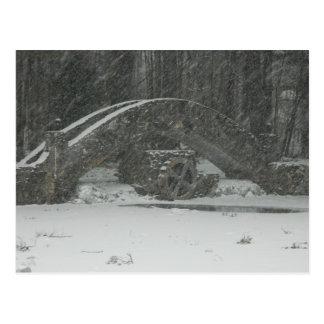 Puente de Nueva Inglaterra Nevado Tarjeta Postal
