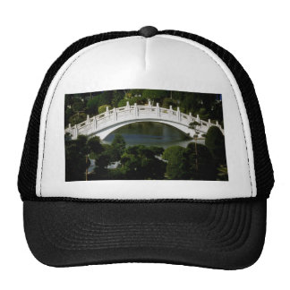 Puente de piedra, monumento de Chiang Kai-Skek, Ta Gorros