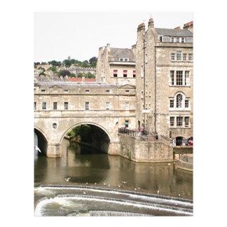 Puente de Pulteney, río de Avon, baño, Inglaterra Plantilla De Membrete
