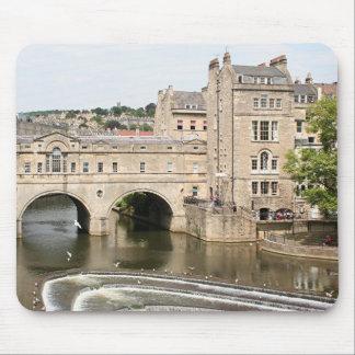 Puente de Pulteney, río de Avon, baño, Inglaterra Mouse Pads