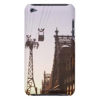 Puente de Queensboro iPod Touch Case-Mate Fundas