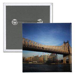 Puente de Queensboro, New York City Pin Cuadrado