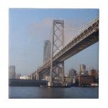Puente de San Francisco Bay en una mañana soleada Azulejos Cerámicos