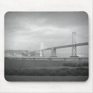 Puente de San Francisco Bay Tapetes De Ratones