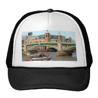 Puente de Southwark, el río Támesis, Londres, Gorras De Camionero