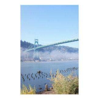 Puente de St Johns, Portland hermosa Oregon Tarjeta Publicitaria
